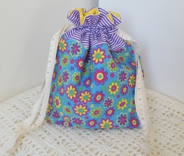 Flower Power - small drawstring project bag